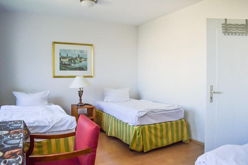 Pension M14 Monteurwohnung Doppelzimmer mit 2 Betten