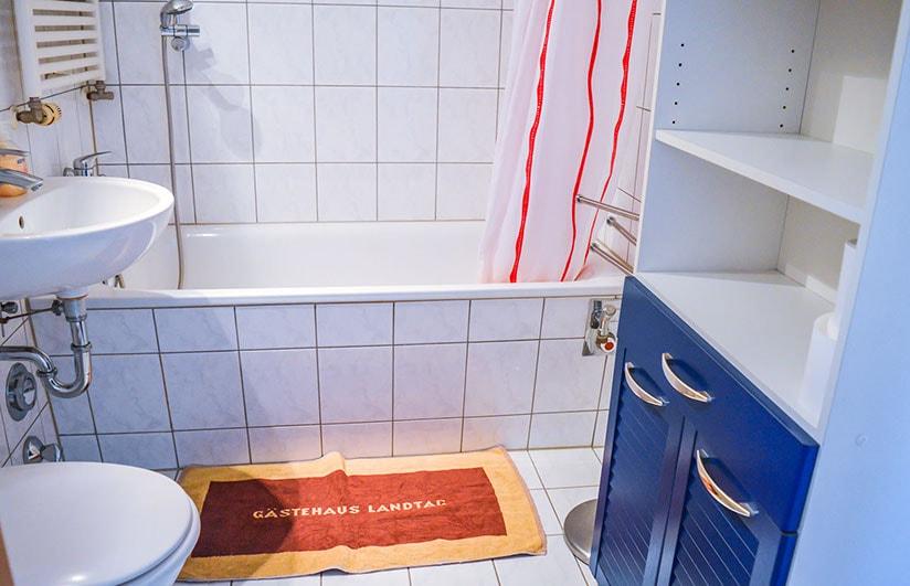 Pension M14 Ferienwohnung Lößnig Badezimmer