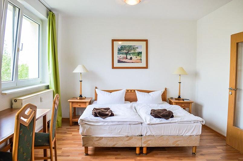 Pension M14 Ferienwohnung mit großem Bett